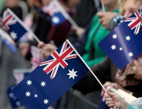 上财年超20万人入籍!新财年移民局将继续审理公民入籍,并重启线下入籍仪式。